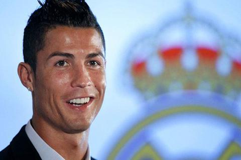 "Florentino Perez: ""Ronaldo là huyền thoại của Real Madrid"""