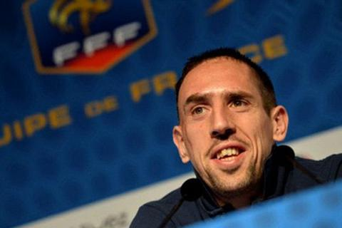 Ribery vỗ ngực tự nhận xếp trên Messi, Ronaldo