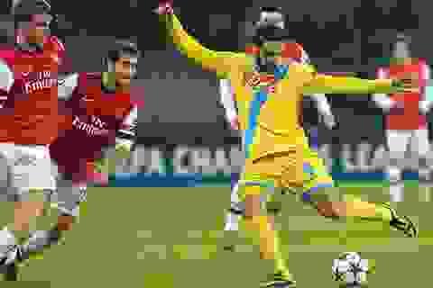 Gục ngã trước Napoli, Arsenal suýt bay khỏi Champions League
