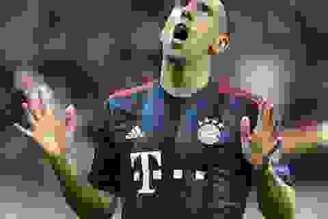 """Đồng đội chọn C.Ronaldo đoạt Bóng vàng, Ribery """"phát điên"""""""