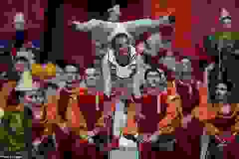 Choáng ngợp với sắc màu trong lễ bế mạc Olympic Sochi