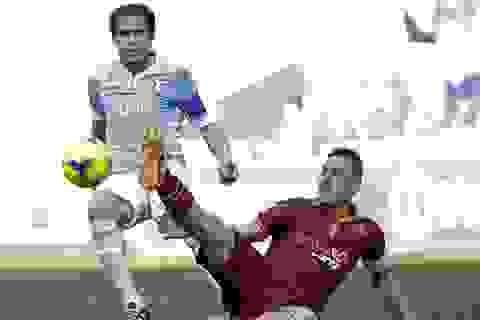 Roma chia điểm với Lazio, Juventus bị ngược dòng không tưởng