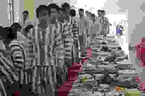 Giấc mơ sum họp gia đình ở bữa cơm tất niên trong trại giam
