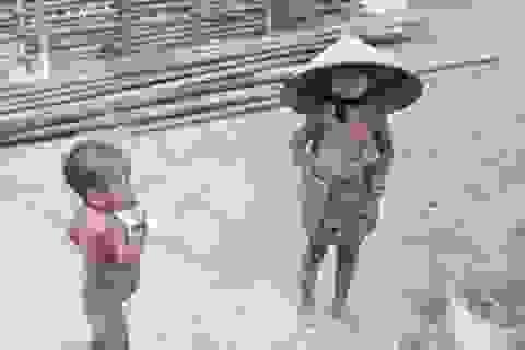 """Cuộc sống của những đứa trẻ """"sống thì nuôi, chết thì phải chịu"""""""