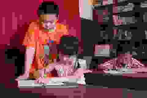 Cậu bé 10 tuổi mở lớp dạy tiếng Anh miễn phí