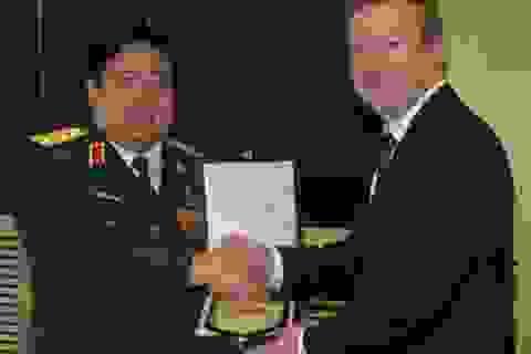 Bộ trưởng Quốc phòng New Zealand thăm Việt Nam