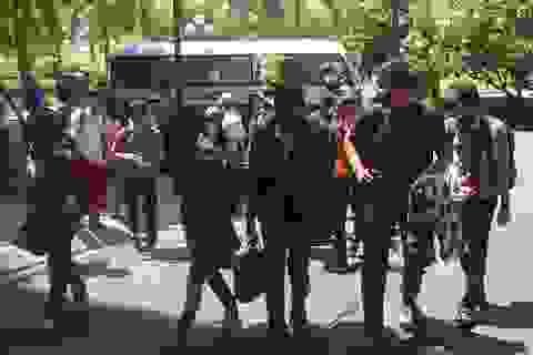 Thí sinh dồn dập đổ về TPHCM, Hà Nội dự thi THPT quốc gia 2015