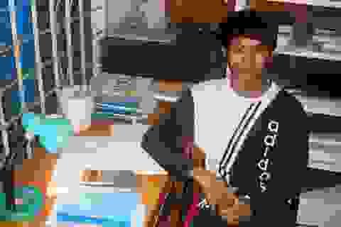 Cậu sinh viên Kiến trúc mồ côi với ước mơ giúp người