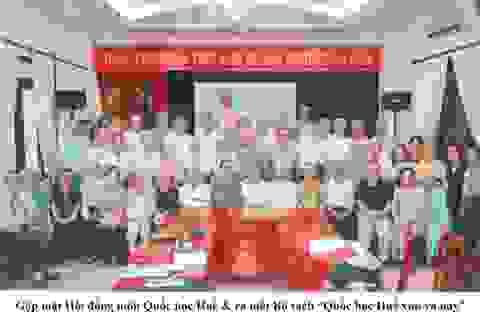 """Họp mặt cựu học sinh Quốc học Huế tại Hà Nội và ra mắt bộ sách """"Quốc học Huế Xưa và Nay"""""""