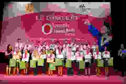 Tôn vinh học sinh đạt giải cuộc thi Olympic Tiếng Anh Tiểu học lần thứ 11