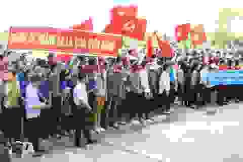 Hơn 1.000 HS, SV mít tinh phản đối Trung Quốc đặt giàn khoan trái phép