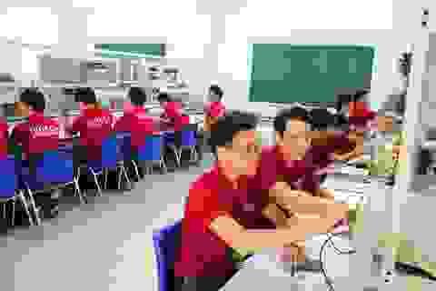 Cao đẳng thực hành HUTECH: vững tay nghề, chắc tương lai