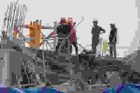 Tầng 1 công trình Lotte Mart Bình Dương bất ngờ đổ sập