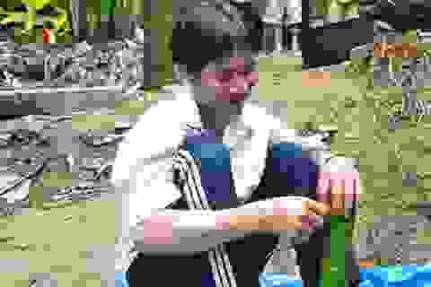 """""""Người rừng"""" Hồ Văn Lang gói bánh, phấn chấn chờ giao thừa"""