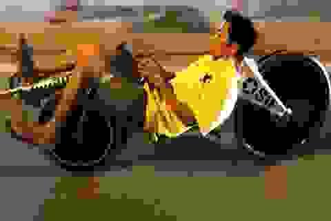 """Teen Sài thành thích thú với """"Xe đạp nằm"""""""