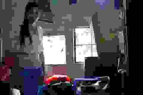 Cô gái mồ côi cha mẹ ở phường Trúc Bạch kêu cứu