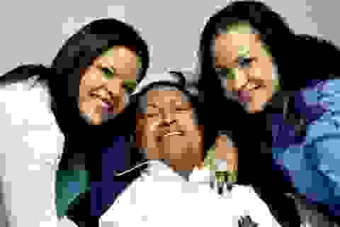 """Tổng thống Venezuela Chavez """"đang giành giật sự sống"""""""