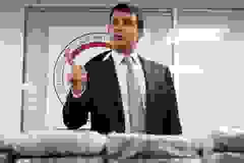 Pháp bắt 1,3 tấn cocaine vận chuyển bằng máy báy