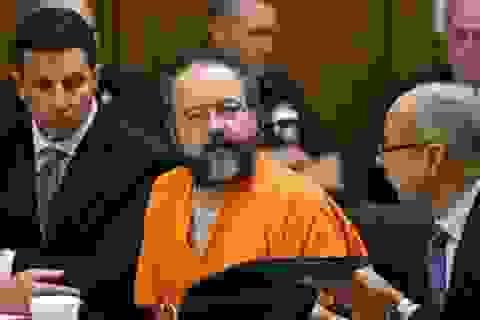 Kẻ bắt cóc 3 phụ nữ suốt 10 năm treo cổ tự tử trong tù