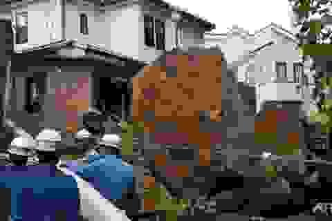Bão mạnh hiếm thấy tấn công Nhật Bản, ít nhất 14 người chết