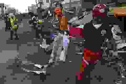 Một tuần sau bão, người Philippines bắt tay dựng lại nhà cửa