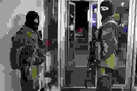 Nga và Ukraine đồng loạt điều động quân trước giờ Crimea bỏ phiếu