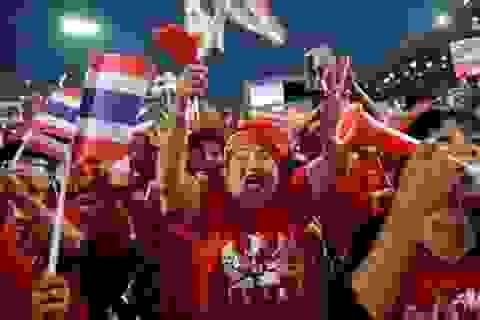 Phe Áo Đỏ Thái Lan xuống đường ủng hộ Thủ tướng Yingluck