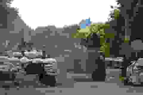 Quân đội Ukraine bị phục kích ở miền Đông, 8 người chết