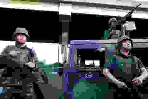 """Quân đội Thái bao vây phe """"Áo đỏ"""""""