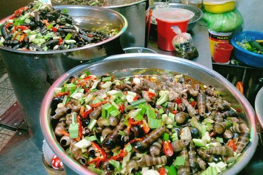Nhớ thương ốc hút Đà Nẵng cay nồng dịp giao mùa