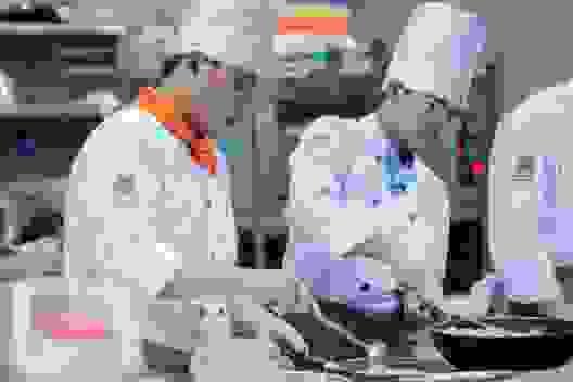 Vì sao nghề bếp Việt Nam vẫn chưa ngang tầm thế giới?