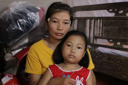 Người mẹ nghẹn ngào: Quá ngày rồi mà con vẫn chưa được đến viện