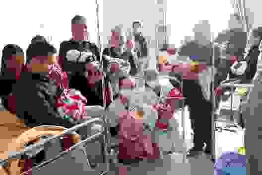 Bộ Y tế gửi thư khen các bác sĩ Hà Tĩnh đỡ đẻ cho 20 thai nhi trong mưa lũ