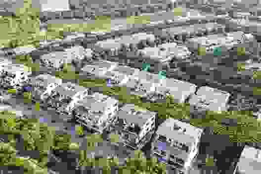 Thị trường địa ốc Hà Nội đang phát triển đối xứng về 2 cực Đông - Tây