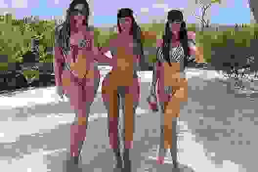 Kim Kardashian được em gái bênh vực sau khi tổ chức sinh nhật xa hoa