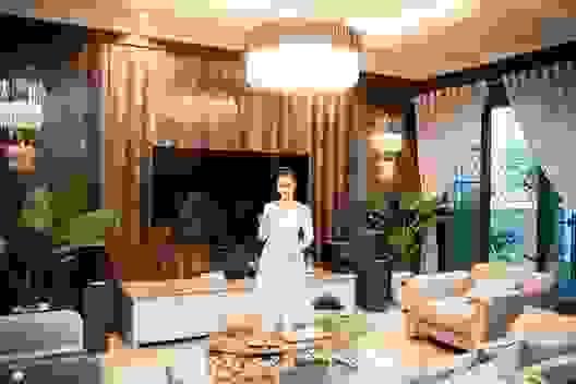 Không gian sống xa hoa trong biệt thự triệu đô của Lã Thanh Huyền