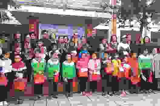 Quảng Bình: Trao 70 xe đạp, 20 suất học bổng cho học sinh khó khăn