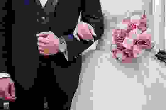 Khi nào Giấy xác nhận tình trạng hôn nhân phải ghi tên người dự định cưới?