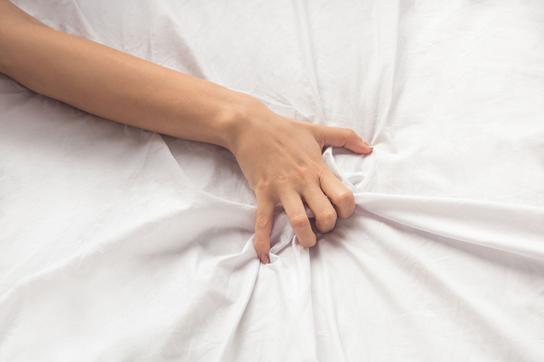 Tiến sĩ tâm lý và ký ức sống với người chồng mắc bệnh nghiện tình dục