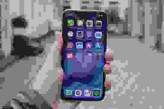 2020 rồi, đừng mua iPhone X nữa