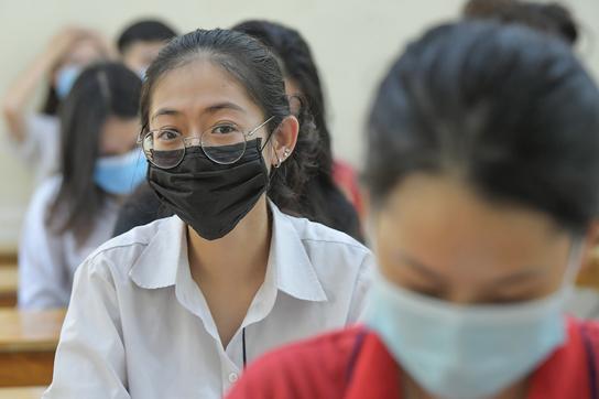 867.000 thí sinh bắt đầu thi tốt nghiệp THPT môn Văn trong dịch Covid-19