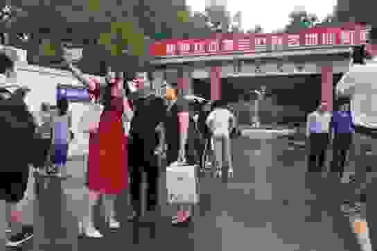 Trung Quốc: Nhiều trường ĐH giảm số ngày nghỉ lễ để tránh Covid-19 lây lan