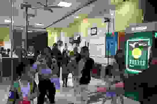 Hà Nội: Cháy ở chung cư Linh Đàm, hàng trăm cư dân tháo chạy