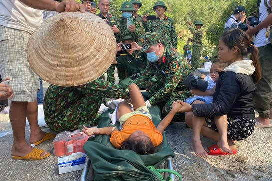 Vụ sạt lở kinh hoàng ở Nam Trà My: Cứu sống 33 người