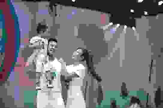 Đoan Trang, Thúy Diễm đưa con lên sàn catwalk