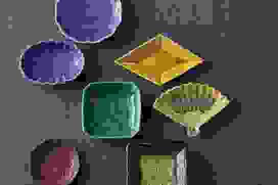 Biểu tượng may mắn trên những chiếc đĩa nhỏ xíu tại Nhật