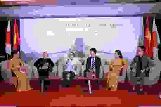 Thanh Thanh Hiền - U50 vẫn giữ được sự dẻo dai