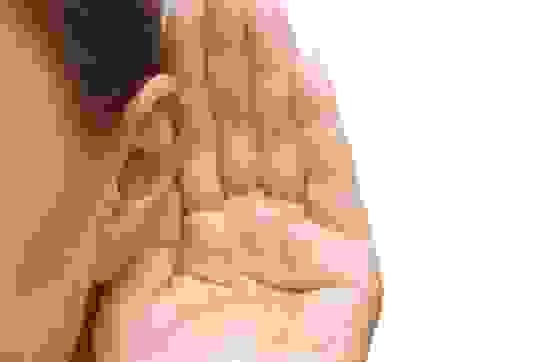 Giải pháp khắc phục chứng ù tai, ve kêu trong tai, nghe kém an toàn, hiệu quả