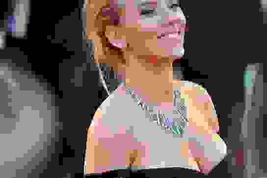 """Tình sử lẫy lừng của sao phim """"Biệt đội siêu anh hùng"""" Scarlett Johansson"""