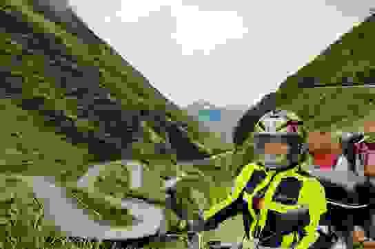 """Nữ """"phượt thủ"""" U60 đặt chân 62 tỉnh thành, leo 26km núi đầy ngoạn mục"""
